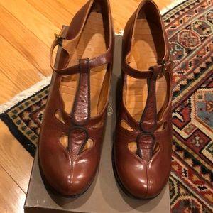 chie mihara mahogany leather almond toe heels 38